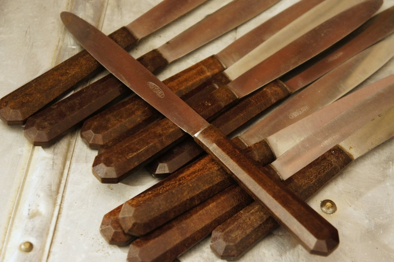French Bakelite Knife Set