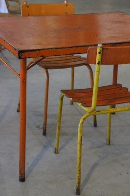 french-cafe-table-folding-metal-industrial-furniture-so-vintage-1
