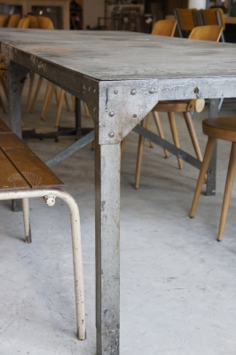 french-vintage-industrial-metal-table-bench-riveted-so-vintage-1