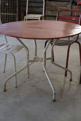 vintage-tolix-round-outdoor-french-metal-table-so-vintage-antique-vintage-industrial-